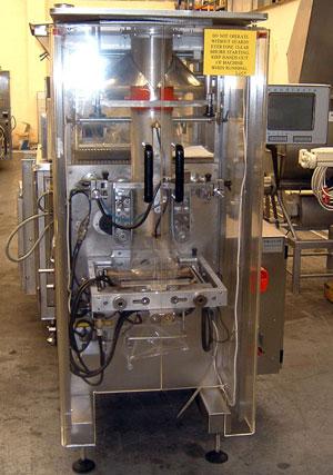 упаковочный автомат в формируемый из термосвариваемой пленки пакет